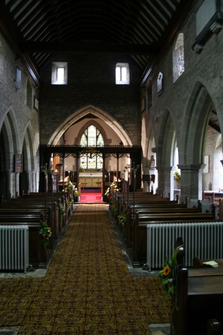 The nave in Lyonshall church